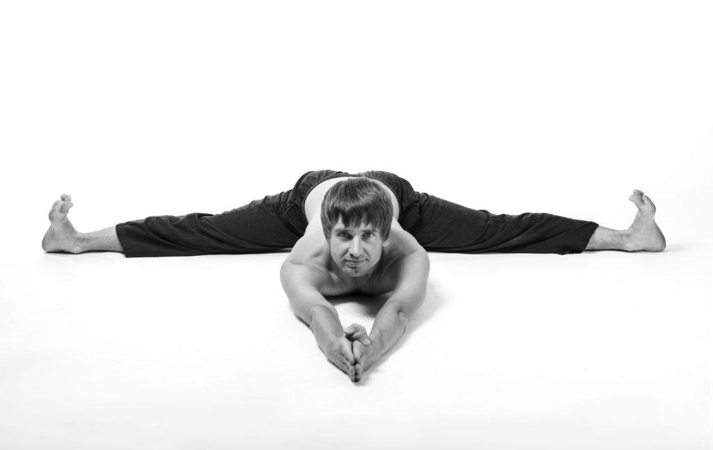 Дериглазов Дмитирий - преподаватель Академии Йоги и Йогатерапии